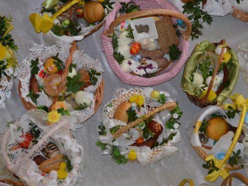 Święcenie pokarmów w Wielką Sobotę